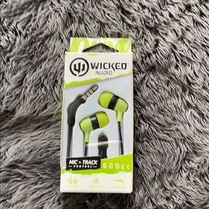 Wicked Audio Ear Phones - green